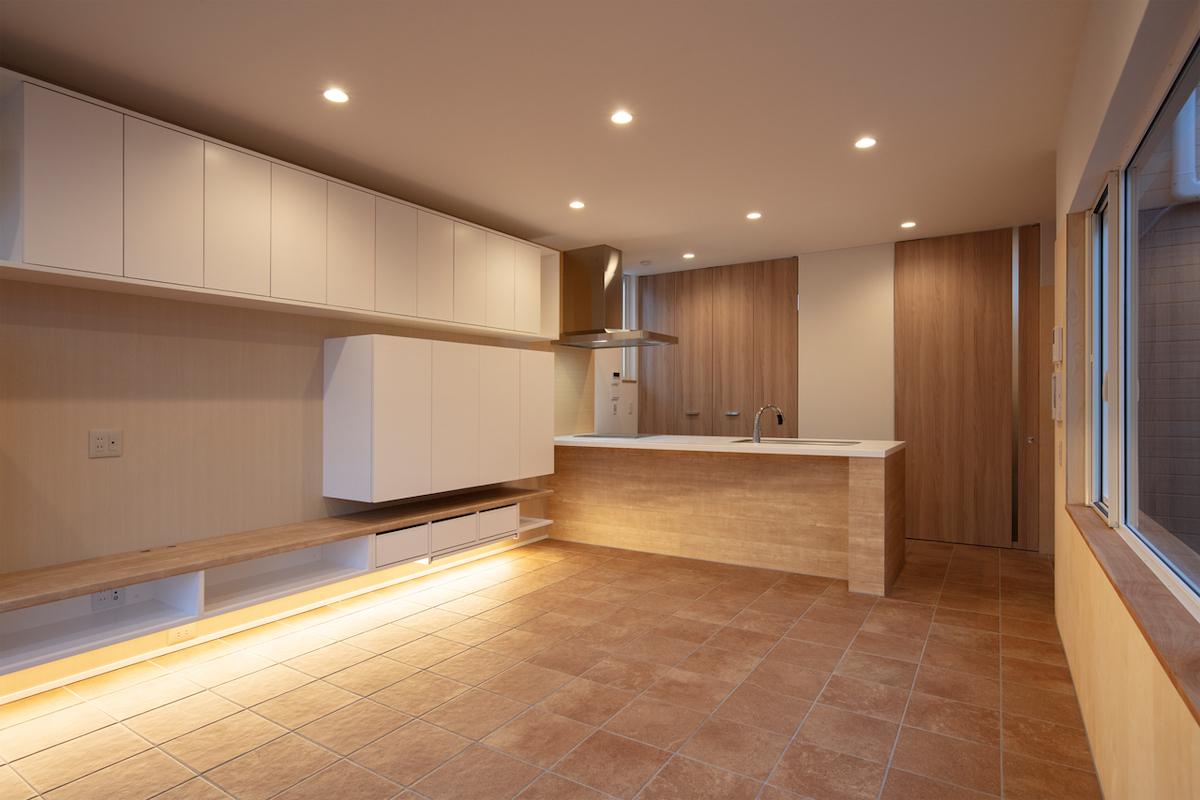 スロープの家 オープンキッチン
