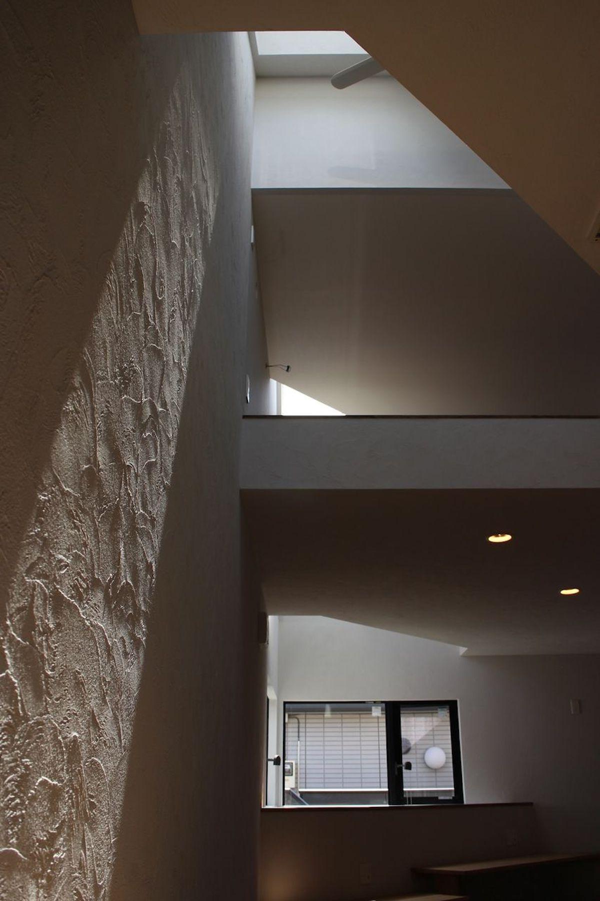 陰影 シラス壁